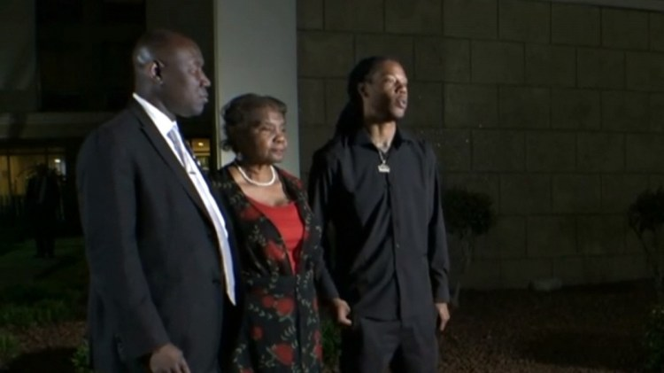 Watch CBS This Morning: Andrew Brown Jr.'s family demands ...