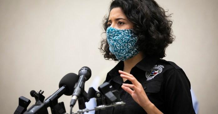 Lina Hidalgo wins national award from prominent Democratic fundraising group