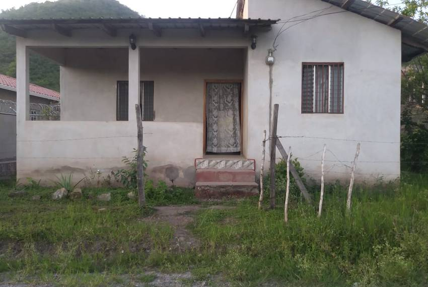 The rental home in San Francisco de la Paz where 6-year-old Heyli lived with her father and mother before setting out for the U.S. on May 15.
