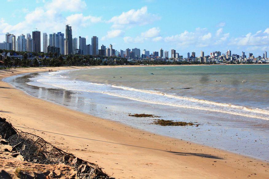 cabo branco walla santos 4 - Cinco praias da PB estão impróprias ao banho neste fim de semana, aponta a Sudema
