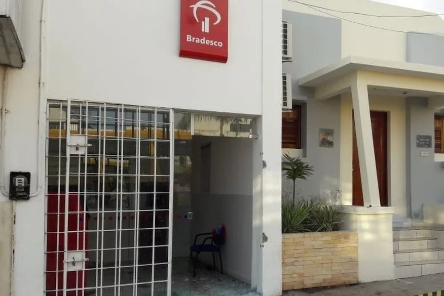 correspondente bancario sao miguei de taipu - Quadrilha explode correspondente bancário no município de São Miguel de Taipu