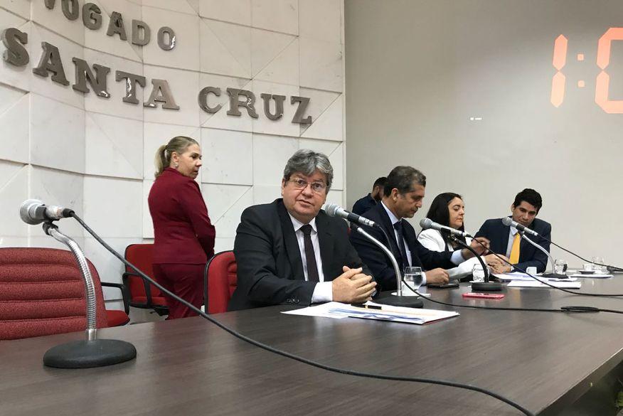 joao azevedo oabpb wallasantos3 - João Azevedo diz que redução de gastos públicos deve ser entendida e distribuída entre todos