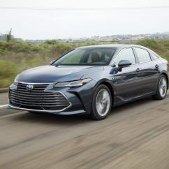 All New Camry Singapore Velg Racing Grand Avanza Toyota Makes It Really Hard Not To Choose The Hybrid Version Of 2019 Avalon