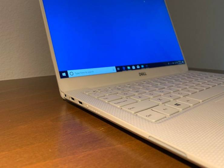 Dell XPS 13 9380 (2019).