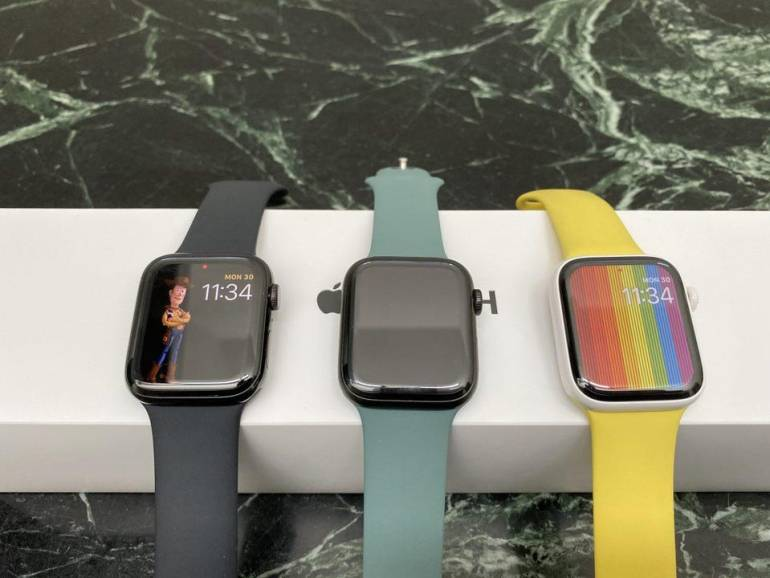 Three of the four different case finishes for Apple Watch Series 5.