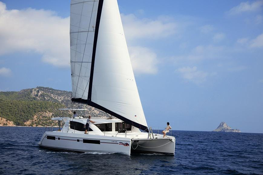 charter a sailboat with