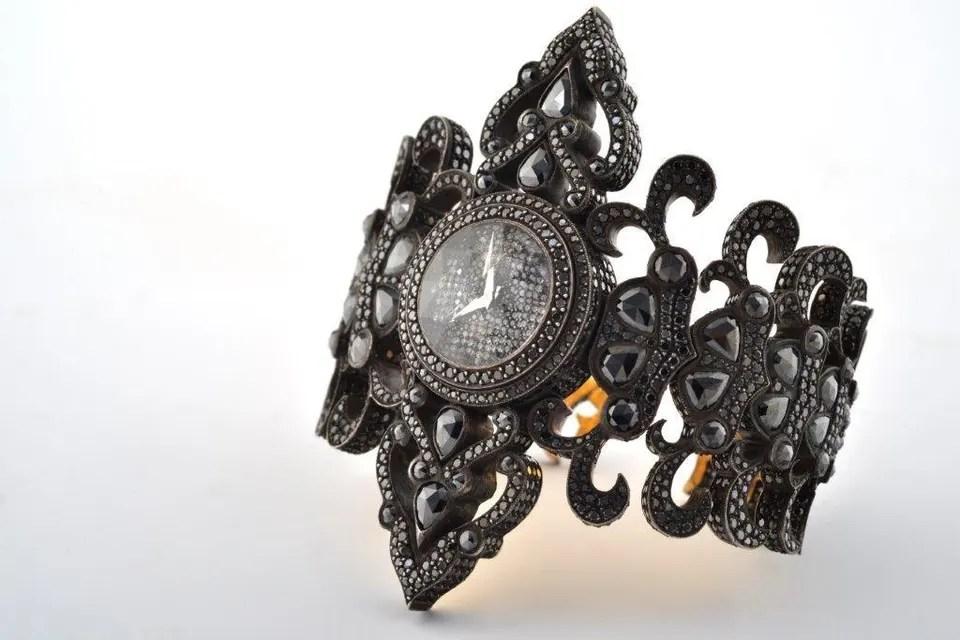 Sevan watches