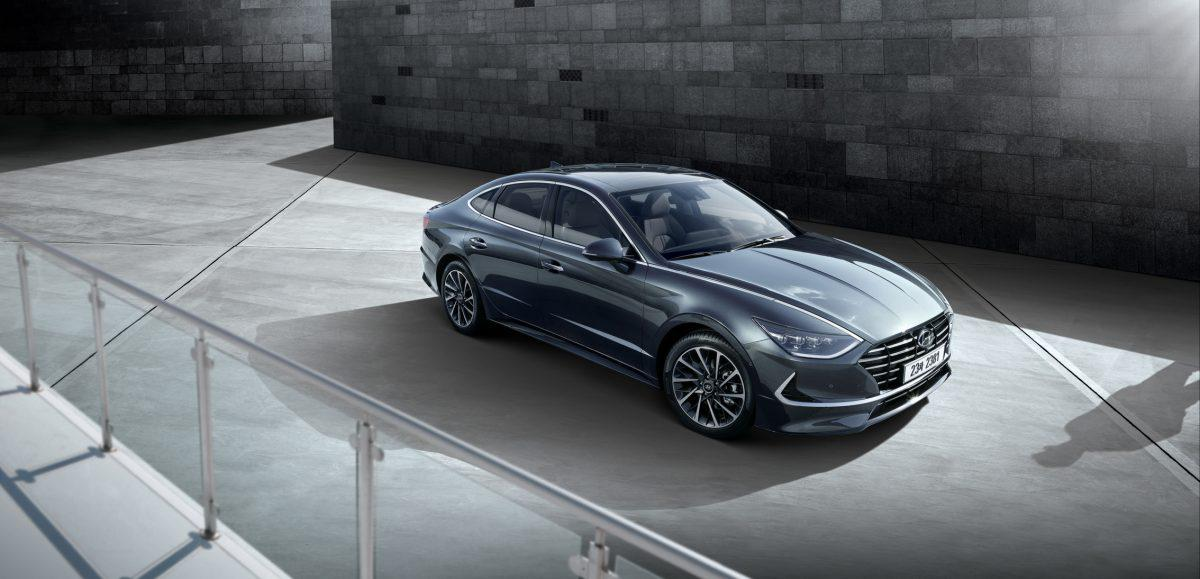 Built with your safety in mind, this sonata has abs which will assist your braking in the wet. Hyundai Sonata Magic Is Back But Will Carbuyers Care