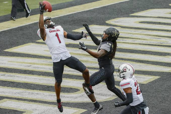 South Carolina's Jaycee Horn Could Make The Green Bay Packers' Secondary  Dominant