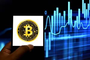 With Bitcoin At $ 50K, Which Crypto Stocks Should You Choose?