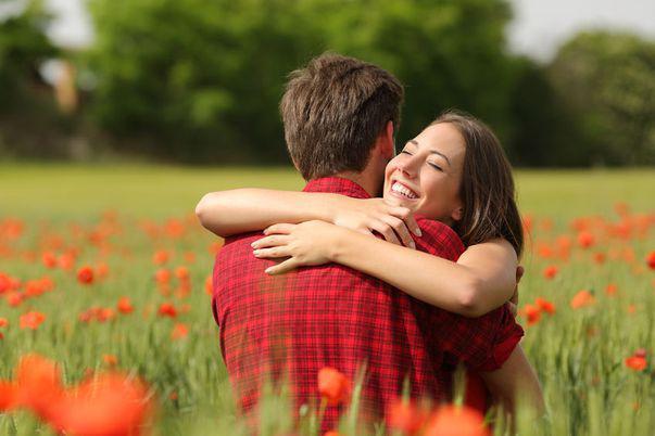 Poveștile romantice din iunie te vor cuceri cu noi eroine îndrăznețe