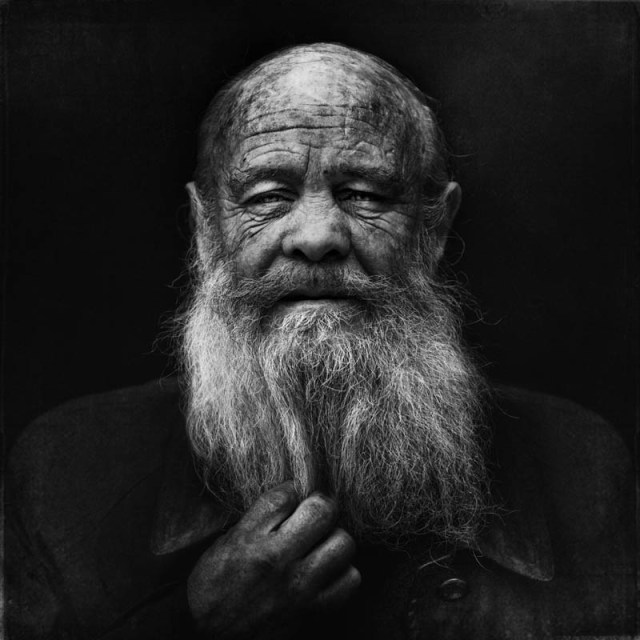 homeless black and white portraits lee jeffries 31 25 Incredibly Detailed Black And White Portraits of the Homeless by Lee Jeffries