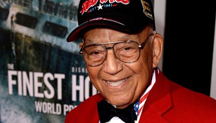 Robert Friend, Tuskegee Airman Who Flew in 142 Combat Missions, Dies at 99