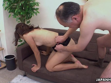 Asian sweet heart getting her pussy doggy sty_4