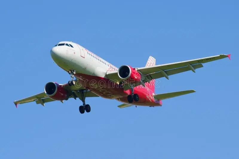空中客車A319-111 (VQ-BAS)在橄欖球俱樂部Zenit的顏色的航空公司俄羅斯在ba的 編輯類照片 - 圖片 包括有 在橄欖球 ...