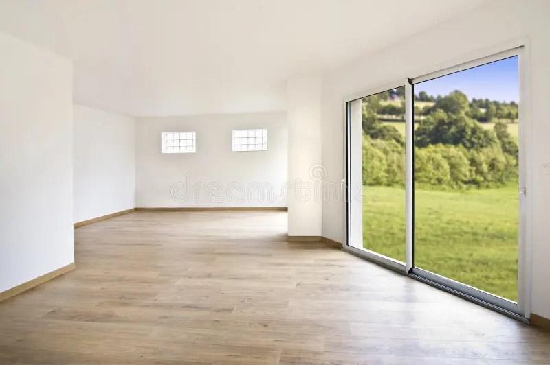 空的現代房子內部 庫存圖片. 圖片 包括有 本質, 庭院, 視窗, beautifuler, 墻壁, 室內 - 45716199