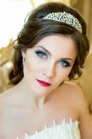 beautiful brunette bride portrait