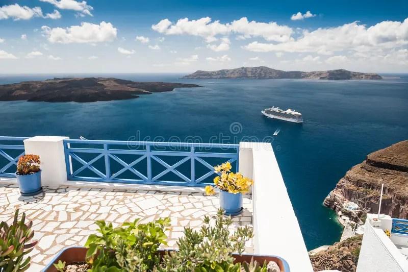 Bello Paesaggio Con La Vista Del Mare Fotografia Stock  Immagine di casa honeymoon 46574414