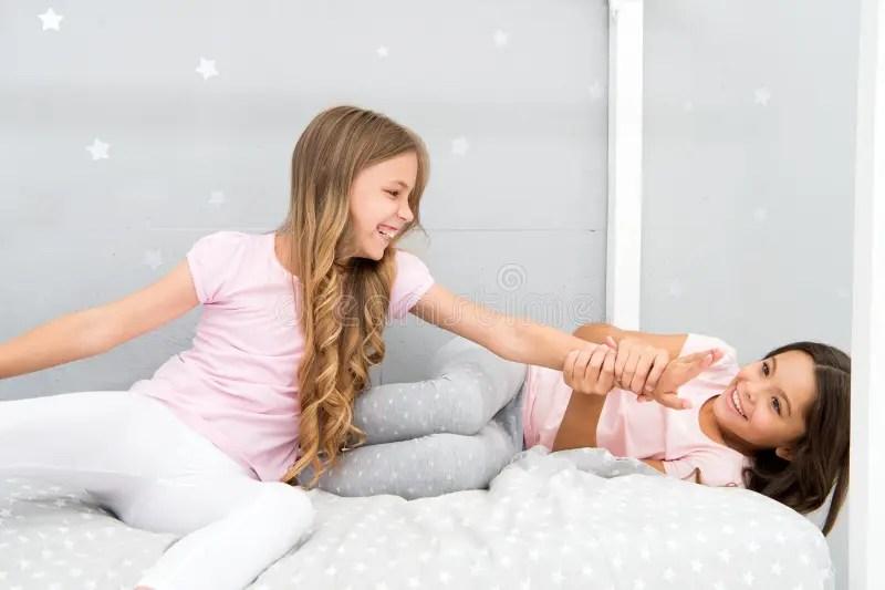 Sisters Older Or Younger Major Factor In Siblings Having ...