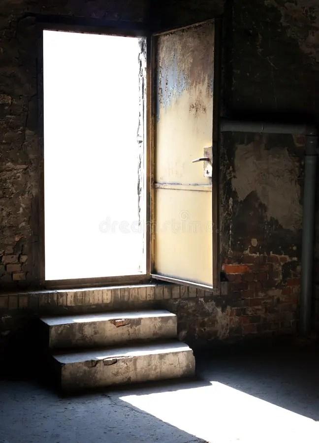 Leaving House Fear