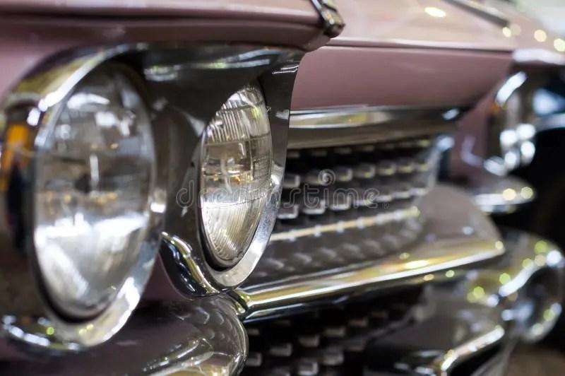 Retro Rosafarbene Autoauslegung Stockfoto  Bild von