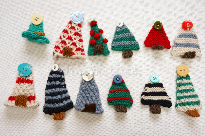 Knit Ornaments That Are A Present