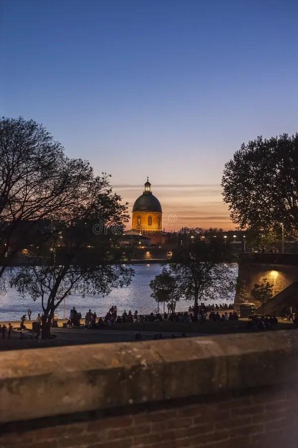 Coucher Du Soleil Toulouse : coucher, soleil, toulouse, Horizon, Lumière, Coucher, Soleil, Toulouse, Image, Stock, Soleil,, Lumière:, 141875995