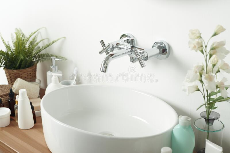 29 122 light sink photos free royalty free stock photos from dreamstime