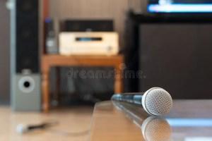 karaoke microphone close