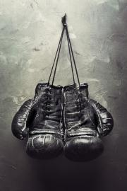 boxing gloves hang nail