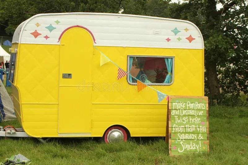 Petite caravane douce photographie ditorial Image du juillet  43292062