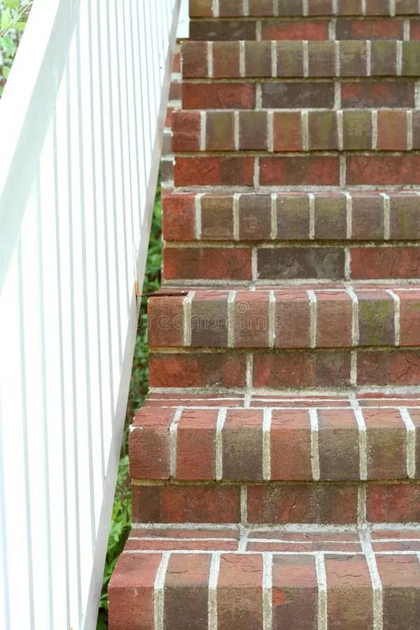 Scale da di ceramica rotto fotografia stock Immagine di