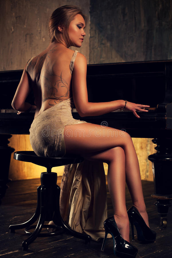 Girl In Gown Wallpaper Young Woman Playing Piano Stock Image Image Of Concert
