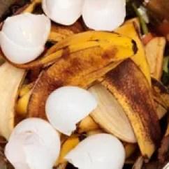 Kitchen Composter Kid 用桶提天然肥料 库存图片 - 图片: 18303291