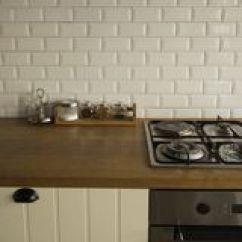 Corner Hutch Kitchen Peerless Faucet 白色厨房的角落厨房是与丝毫的装饰库存照片 图片包括有任何地方 详细 白色厨房的角落厨房是与丝毫的装饰免版税图库摄影