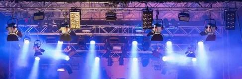stage lighting blue pink light