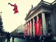 Christmas Tree In Dublin City Ireland Stock Photo