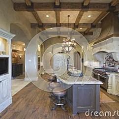 Industrial Kitchen Stools Cheap Appliances 木头与凳子的放光的天花板在厨房 库存图片 - 图片: 33905914