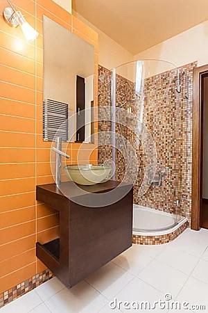 Bagno arancione e marrone  Colori per dipingere sulla pelle