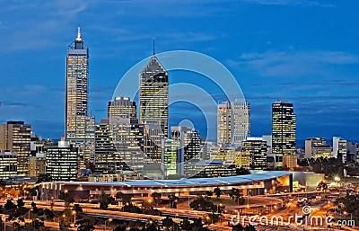 Paesaggio Urbano Di Perth Alla Notte Fotografia Stock