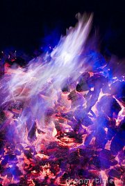 purple and blue flames of fire
