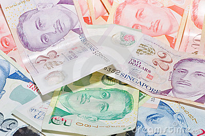 the more money you have in your wallet the wealthier you will be in the new year for the very superstitious remember to withdraw lots of money to usher - Chinese New Year Superstitions