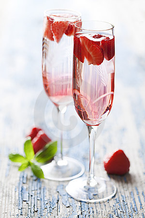 Strawberry Champagne Cocktail Stock Photo Image 21783570