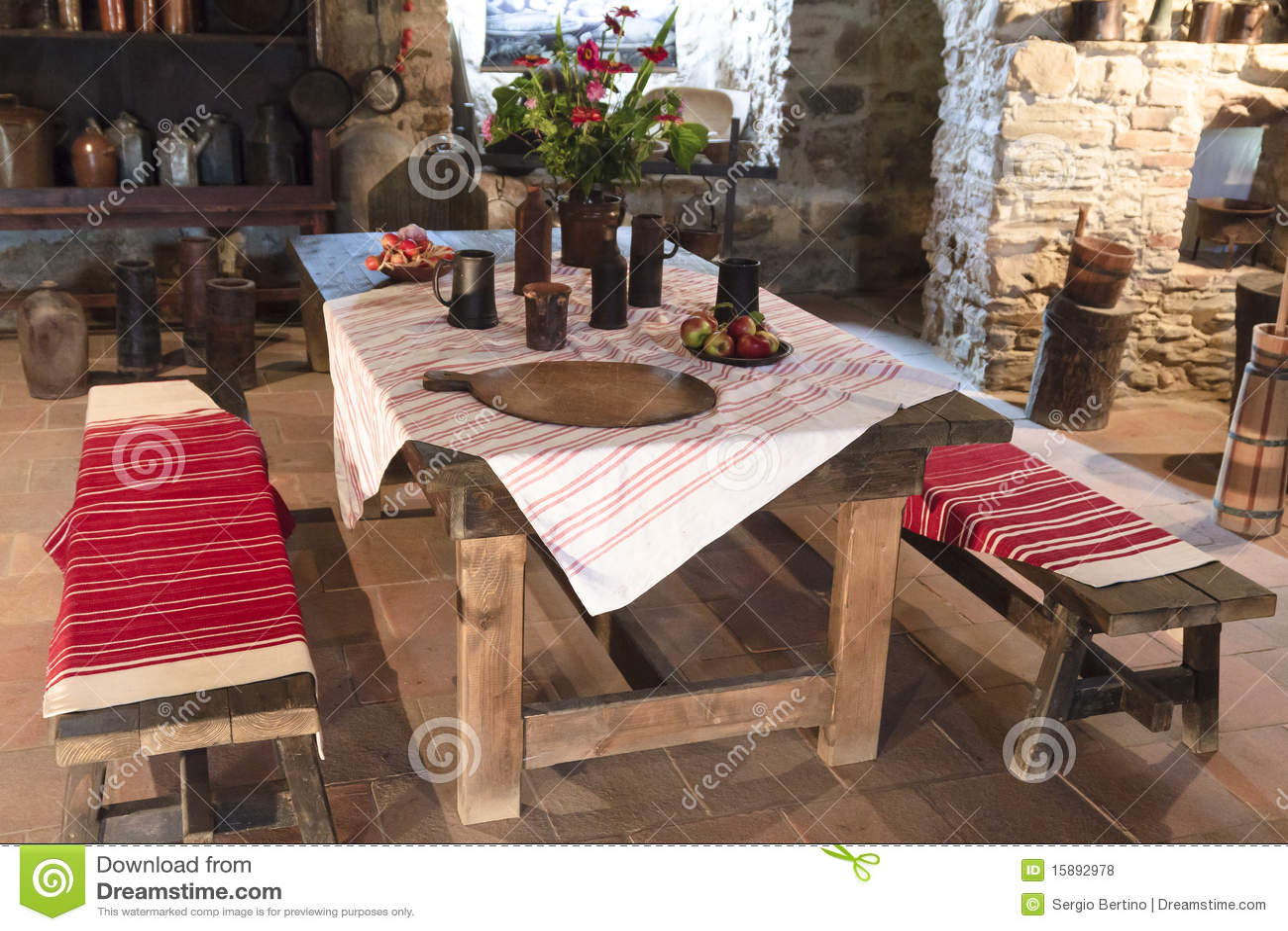 kitchen banquettes for sale faucet pull out sprayer 中世纪城堡的厨房库存照片 图片包括有厨房 长凳 城堡 内部 室内 长凳城堡厨房中世纪老斯洛伐克表