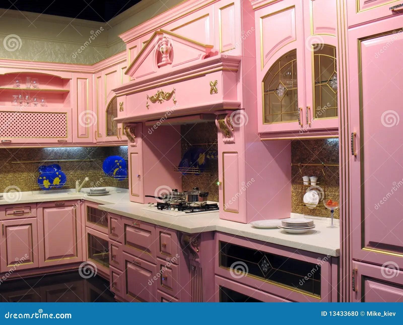 in stock kitchens replacing kitchen cabinets 内部厨房粉红色库存照片 图片包括有家具 当代 火炉 空间 灌肠器 内部厨房粉红色