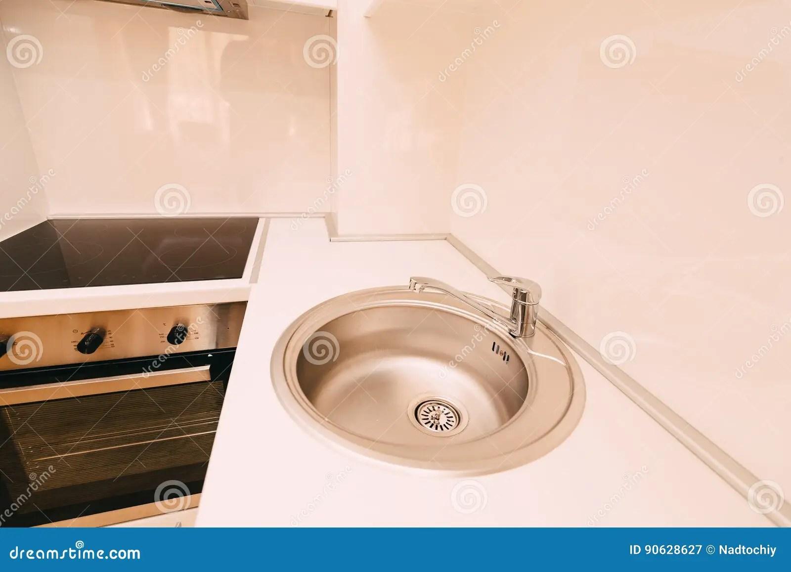 27 kitchen sink design stores near me 剪报文件包括厨房路径水槽自来水在厨房里kitc的内部库存图片 图片包括有 剪报文件包括厨房路径水槽自来水在厨房里kitc的内部
