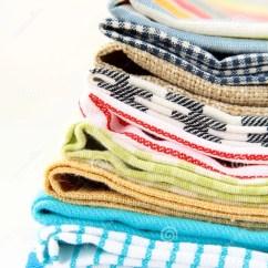 Kitchen Linens Gadgets Stores 厨房亚麻布堆毛巾库存照片 图片包括有生气勃勃 格子花呢披肩 国内 厨房亚麻布堆毛巾