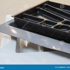 Kitchen Organizer Budget Cabinets 厨房器物的组织者辅助部件咖啡门家具谷物把柄修造在设备库存照片 图片 厨房器物的组织者辅助部件咖啡门家具谷物把柄修造在设备