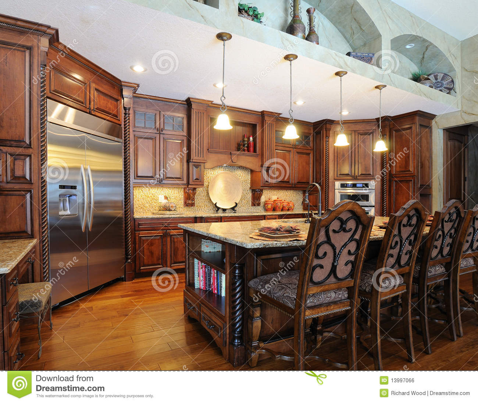 industrial kitchen stools under sink mat 厨房现代高级库存照片 图片包括有机柜 当代 冰箱 browne 樱桃 凳子 厨房现代高级