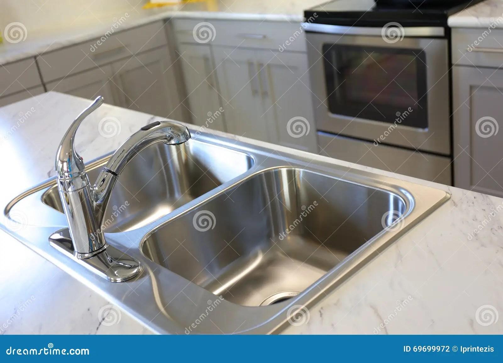 high end kitchen sinks cheap stools 厨房现代水槽库存照片 图片包括有花岗岩 商业 设计 并且 灌肠器 现代高端豪华厨房不锈钢水槽